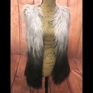 Bke outerwear ombré vest sz sm Blake/white/gray